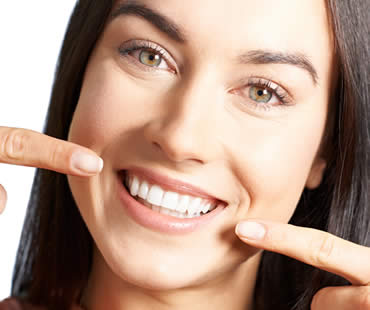 Enhancing Your Smile with Teeth Whitening