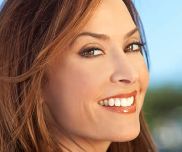 Rejuvenating Your Smile with Teeth Whitening
